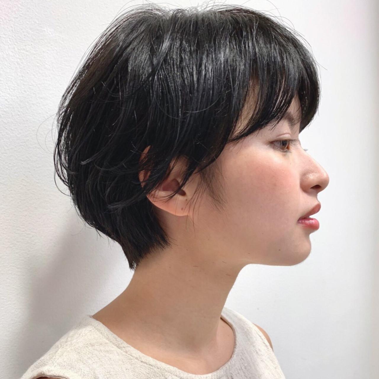 黒髪 ハンサムショート ナチュラル 就活 ヘアスタイルや髪型の写真・画像   Reina /