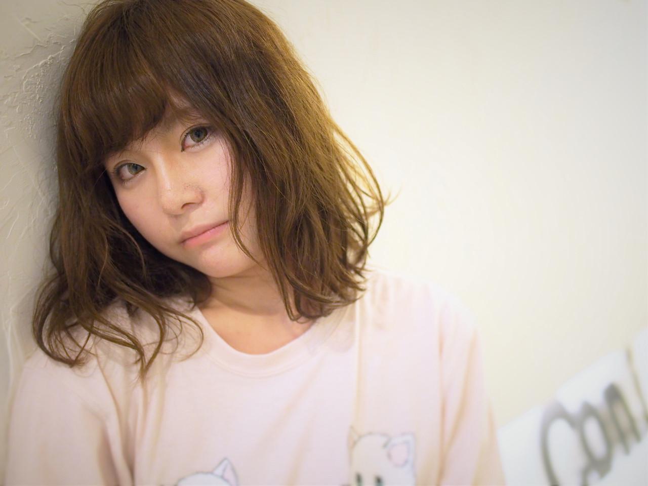ミディアム ゆるふわ 外国人風 アッシュ ヘアスタイルや髪型の写真・画像   sachibo / Coni