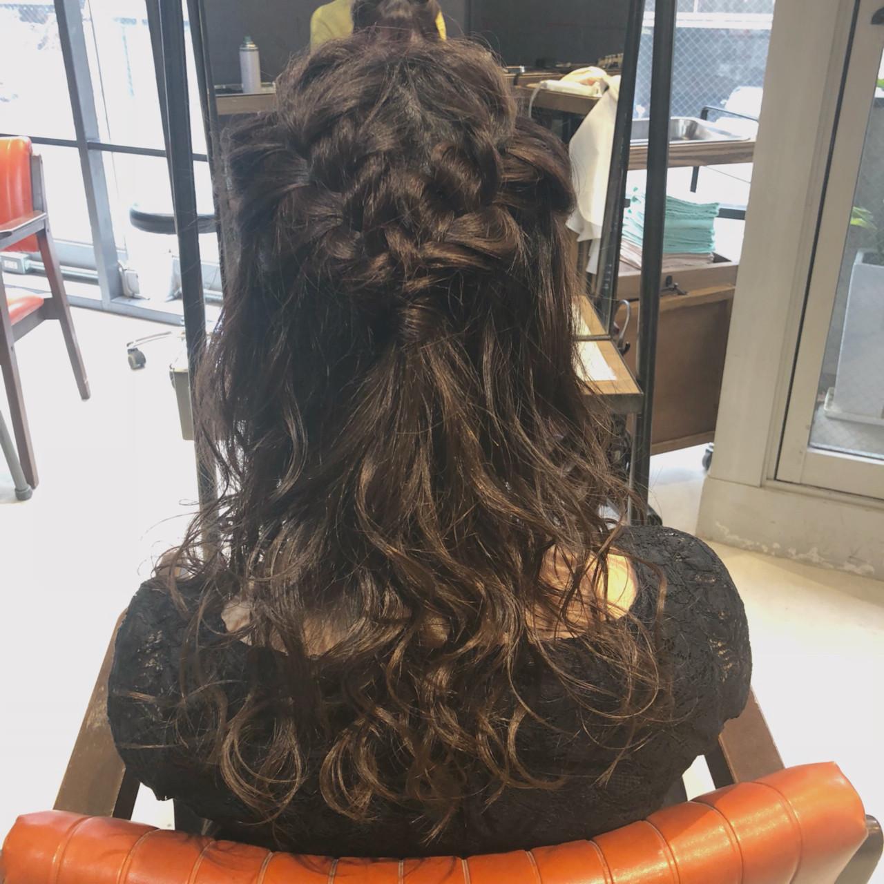 セミロング ハーフアップ ヘアセット 結婚式 ヘアスタイルや髪型の写真・画像 | 岡田 菖 / ensue