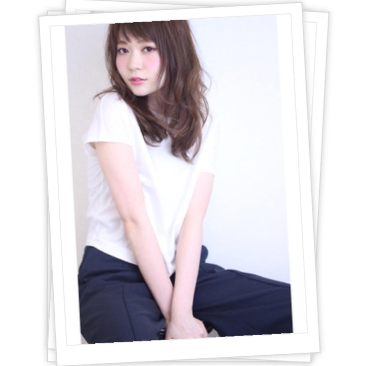 セミロング オン眉 ゆるふわ 大人女子 ヘアスタイルや髪型の写真・画像 | 高橋 アリサ /