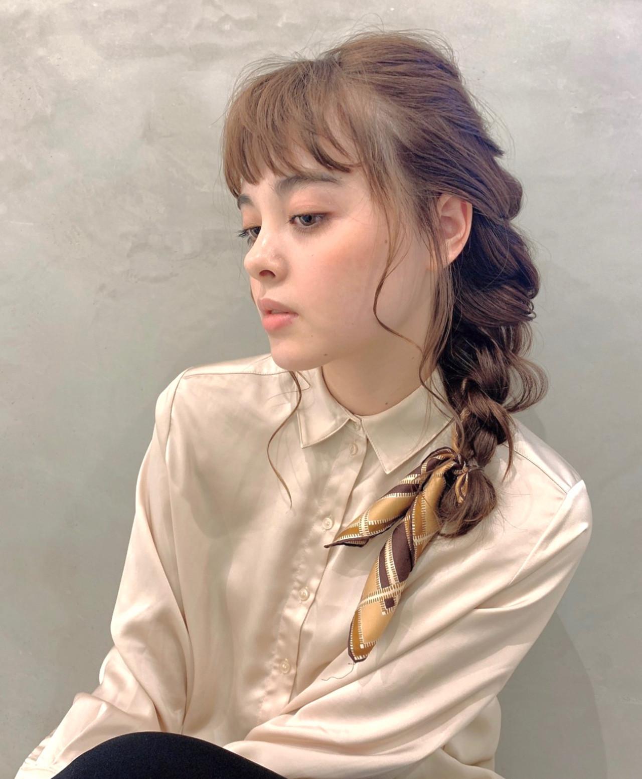 ナチュラル 簡単ヘアアレンジ ヘアアレンジ 簡単スタイリング ヘアスタイルや髪型の写真・画像