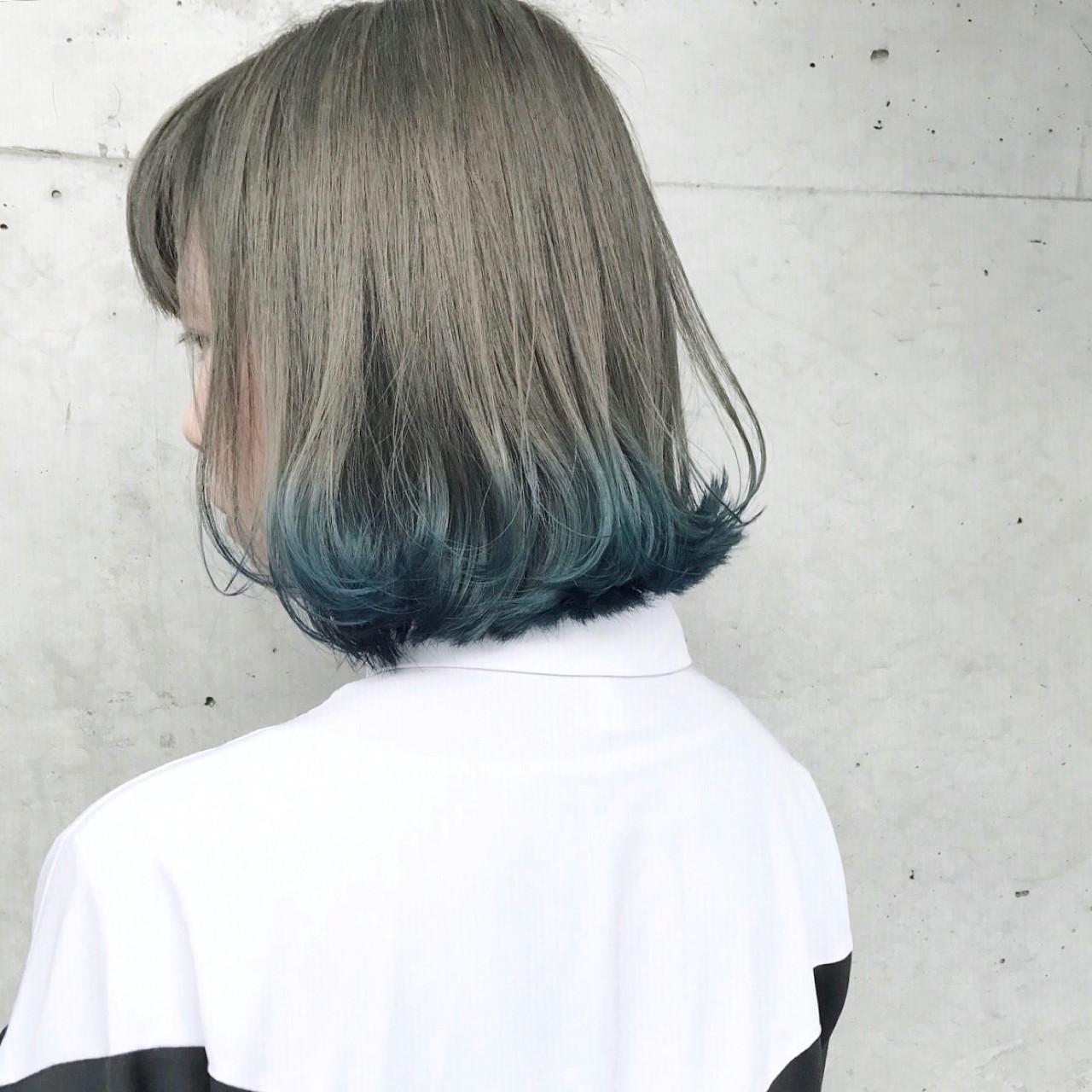 ダブルカラー カーキ 個性的 ボブヘアスタイルや髪型の写真・画像