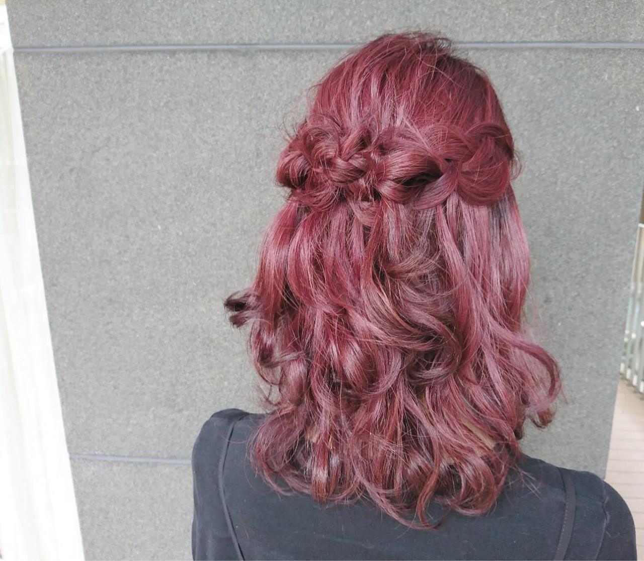 ヘアアレンジ ミディアム ピンク レッド ヘアスタイルや髪型の写真・画像 | 野口友美 / coconiwa