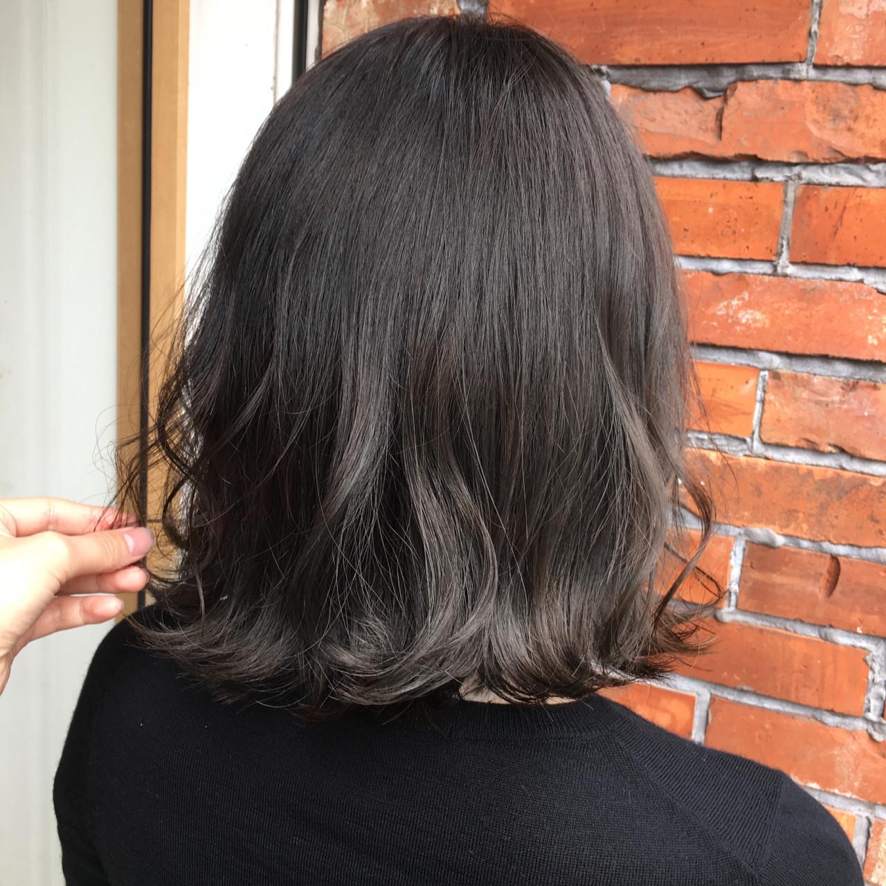 外国人風 ハイライト 秋 ナチュラルヘアスタイルや髪型の写真・画像