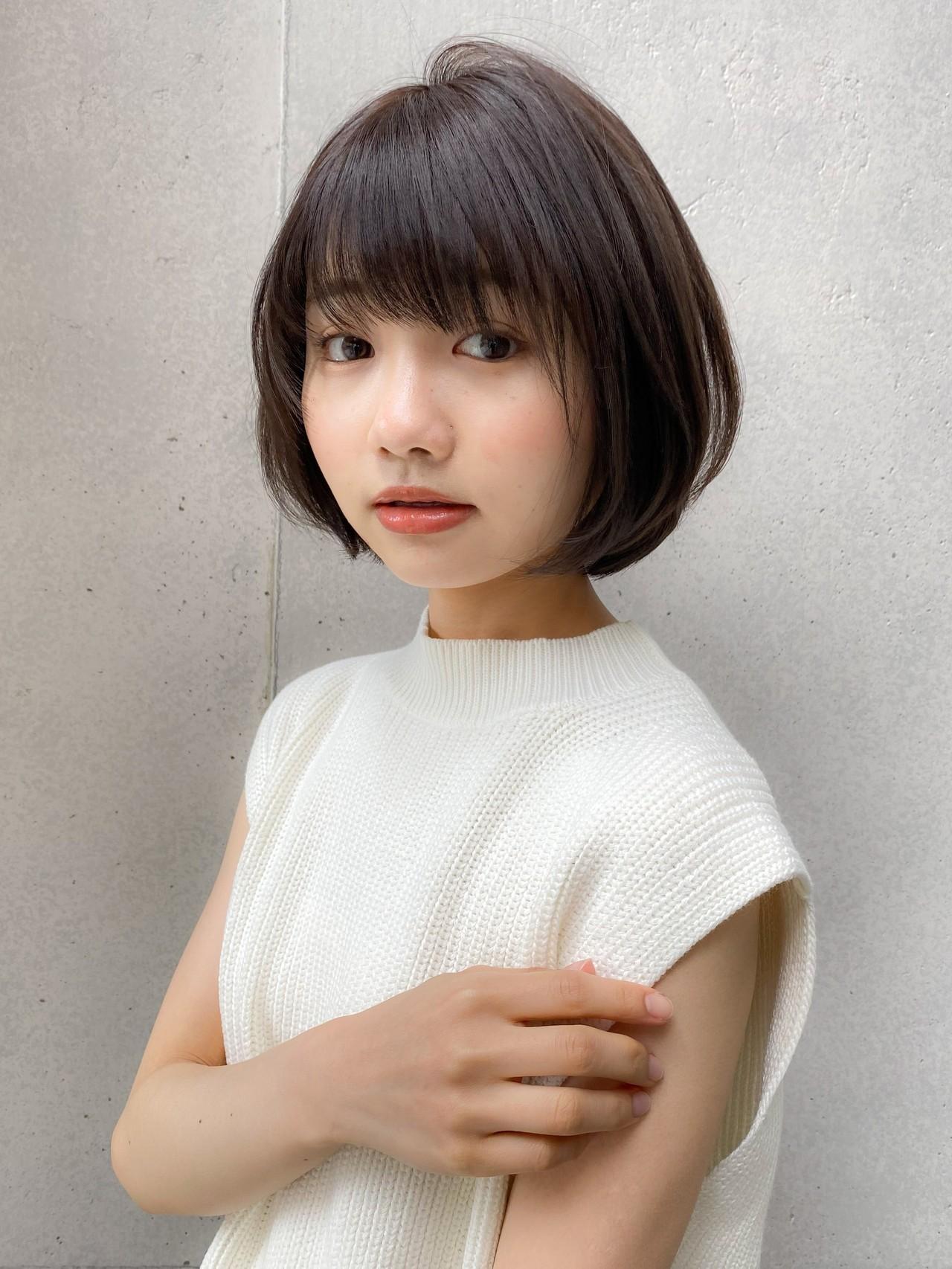 デジタルパーマ アッシュ ショートボブ 大人かわいいヘアスタイルや髪型の写真・画像
