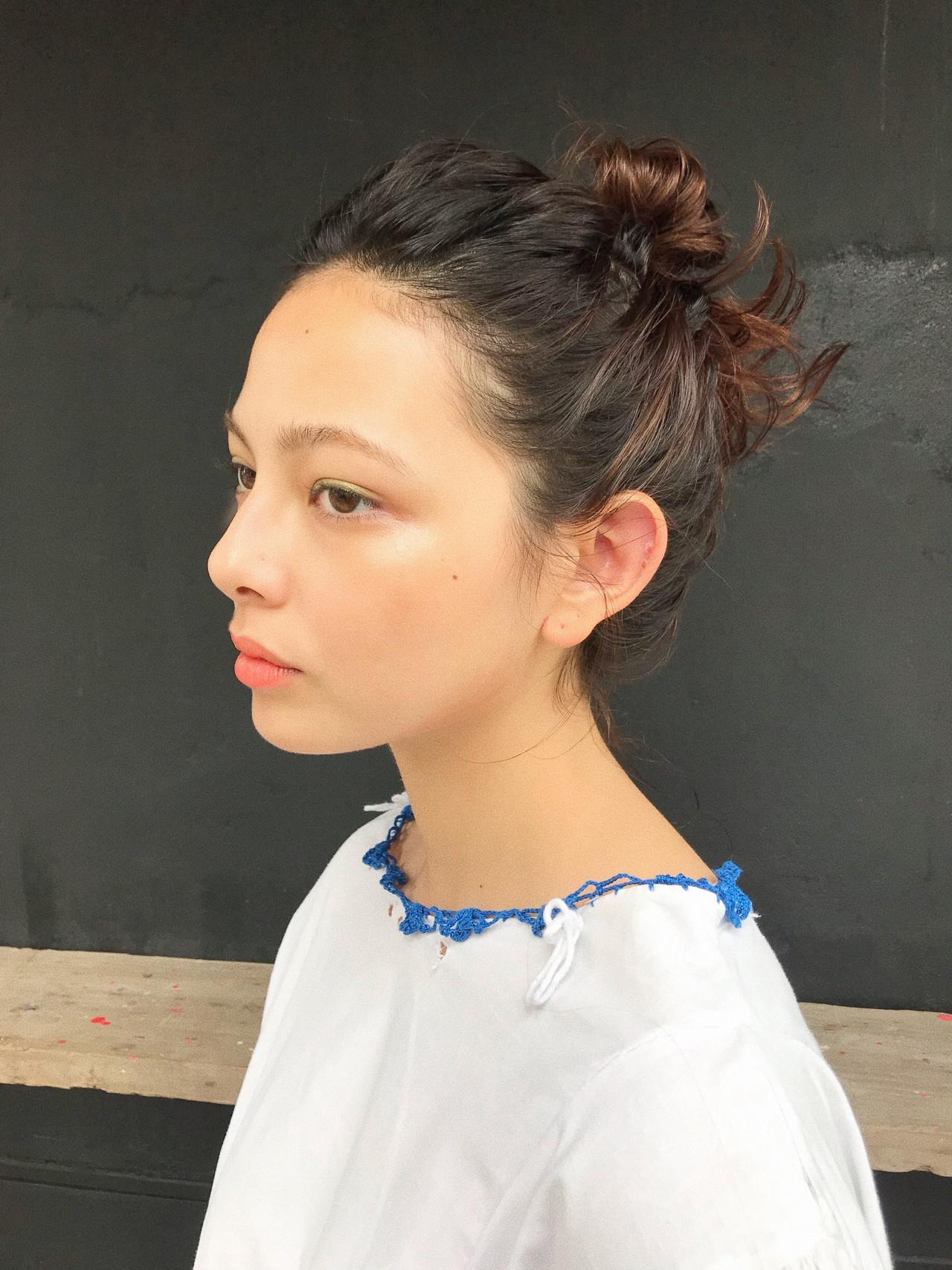 ハイトーン 簡単ヘアアレンジ ミディアム モード ヘアスタイルや髪型の写真・画像 | 小西敬二郎 / Heartim