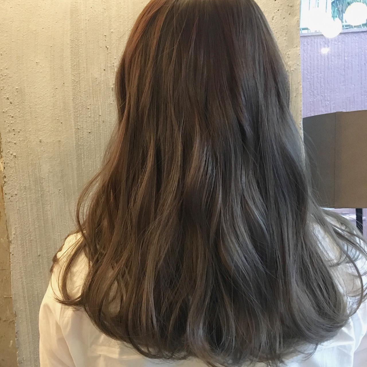 ウェーブ デート ミディアム リラックスヘアスタイルや髪型の写真・画像