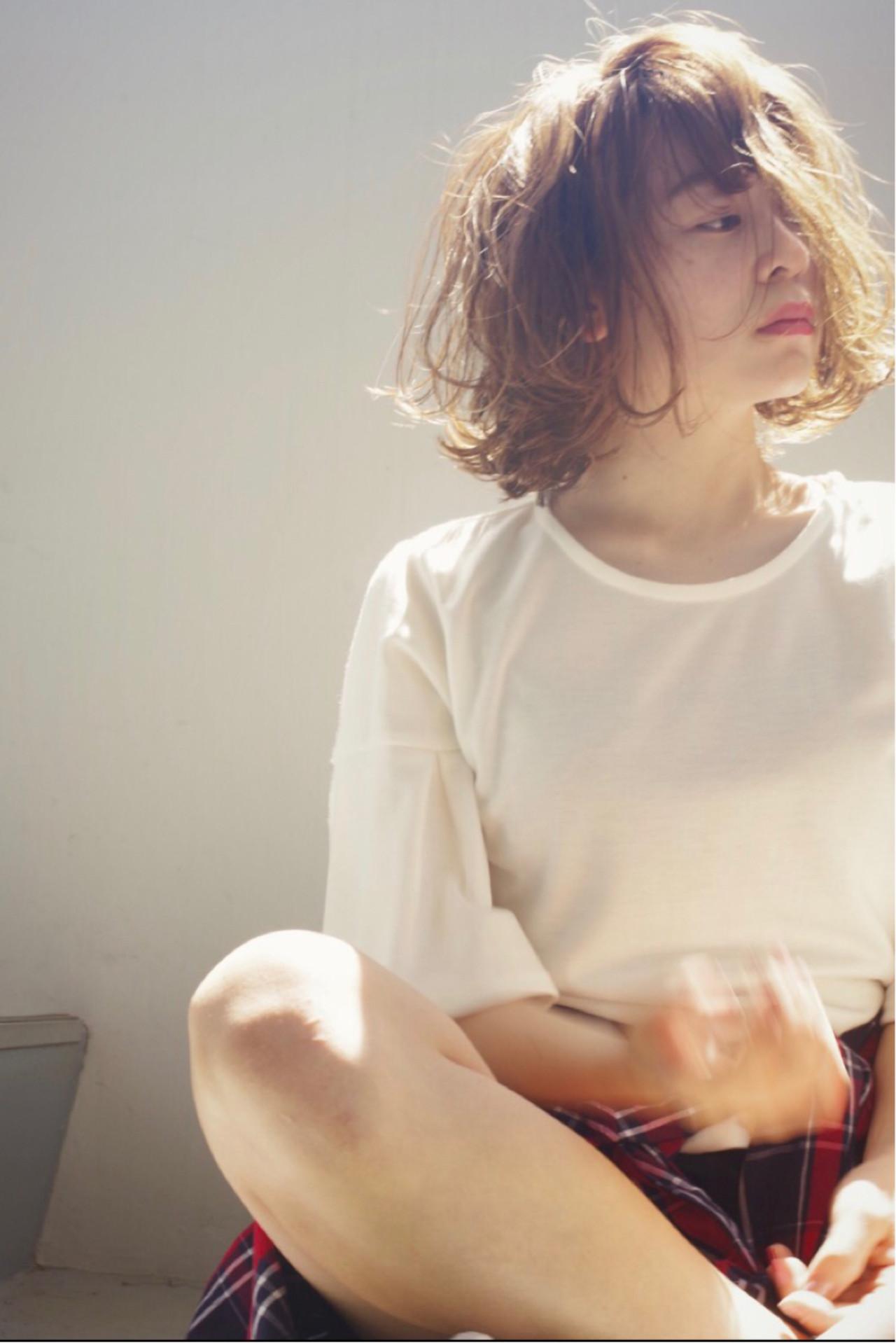 デート かわいい ボブ ウェーブ ヘアスタイルや髪型の写真・画像   ken / sora