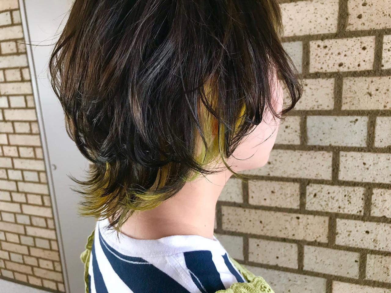 ハイトーン 簡単ヘアアレンジ インナーカラー ストリートヘアスタイルや髪型の写真・画像