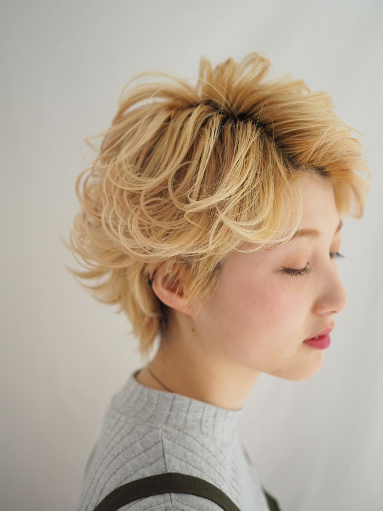 ナチュラル ハイトーン 色気 ショート ヘアスタイルや髪型の写真・画像 | short yoshioka / オブヘア自由が丘