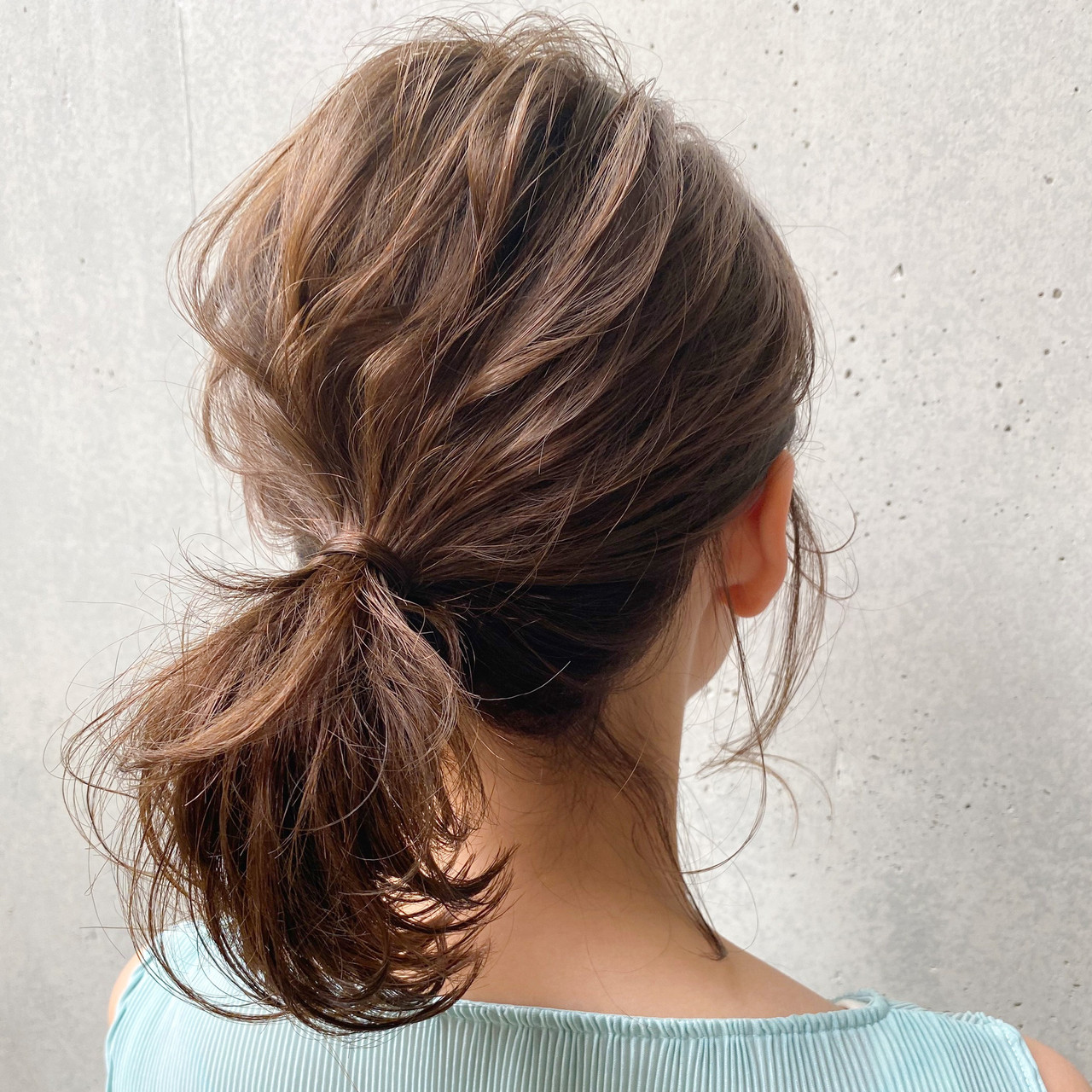 毛先パーマ ナチュラル 簡単スタイリング 簡単ヘアアレンジ ヘアスタイルや髪型の写真・画像