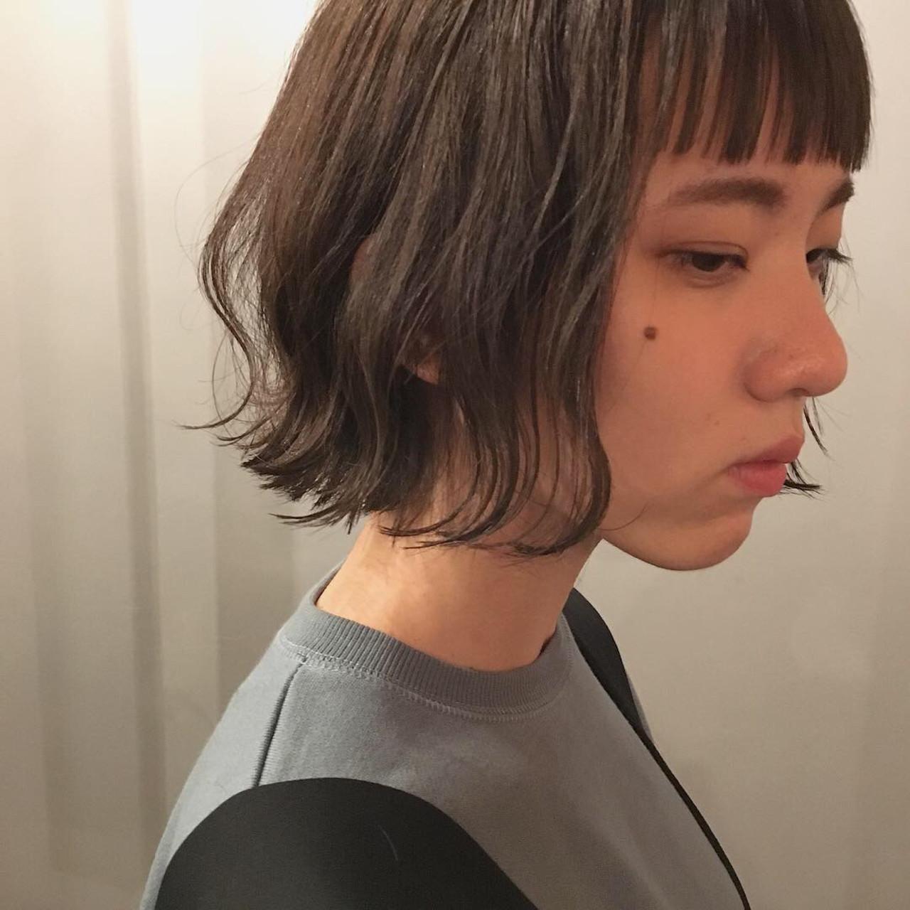 暗髪 グレージュ スモーキーカラー 外国人風カラー ヘアスタイルや髪型の写真・画像 | 冨永 真太郎 / 人トナリ