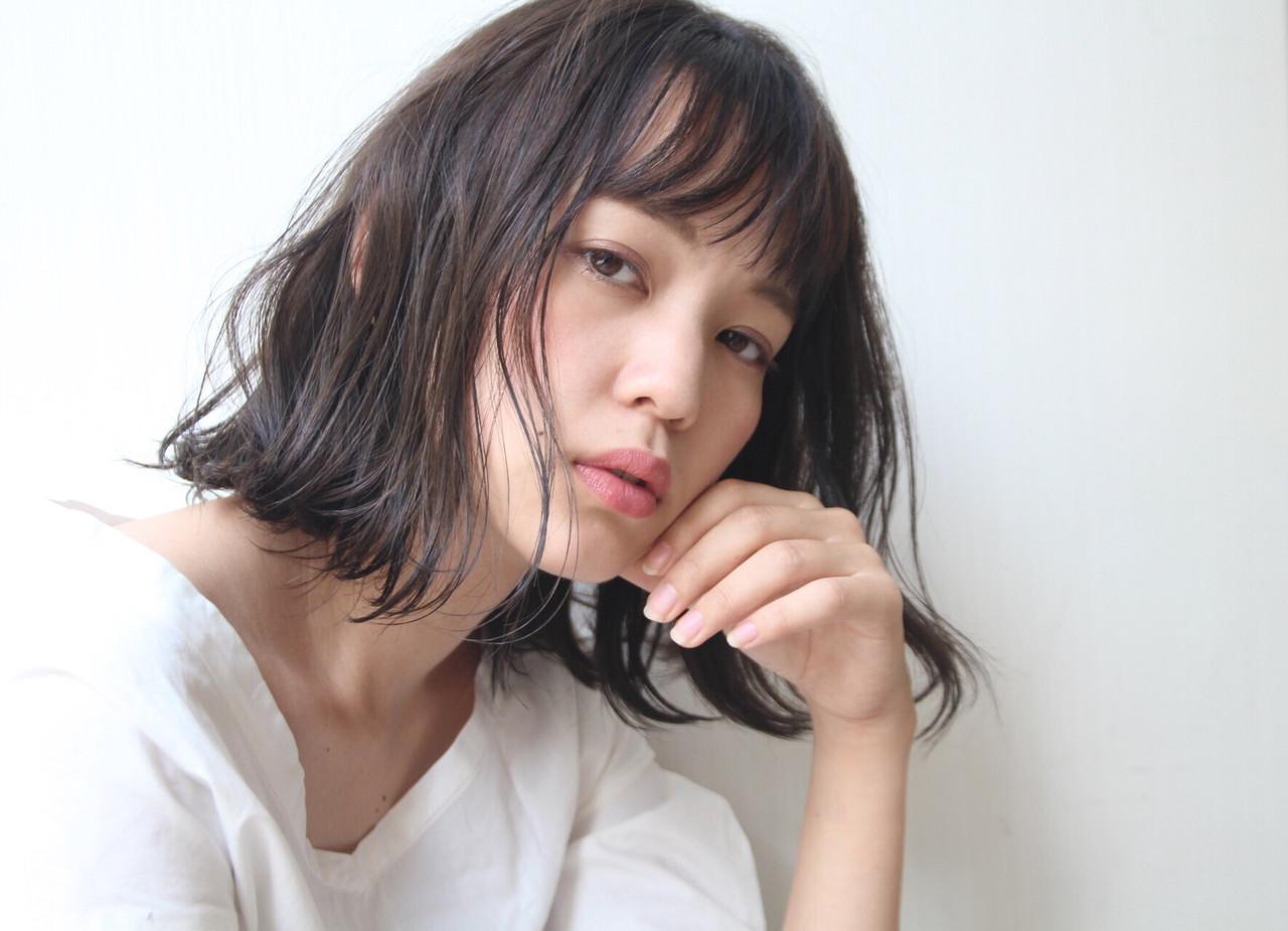 ロブ ボブ 前下がりボブ コンサバ ヘアスタイルや髪型の写真・画像 | hayase (ヨシモトハヤセ) / Nove Lina