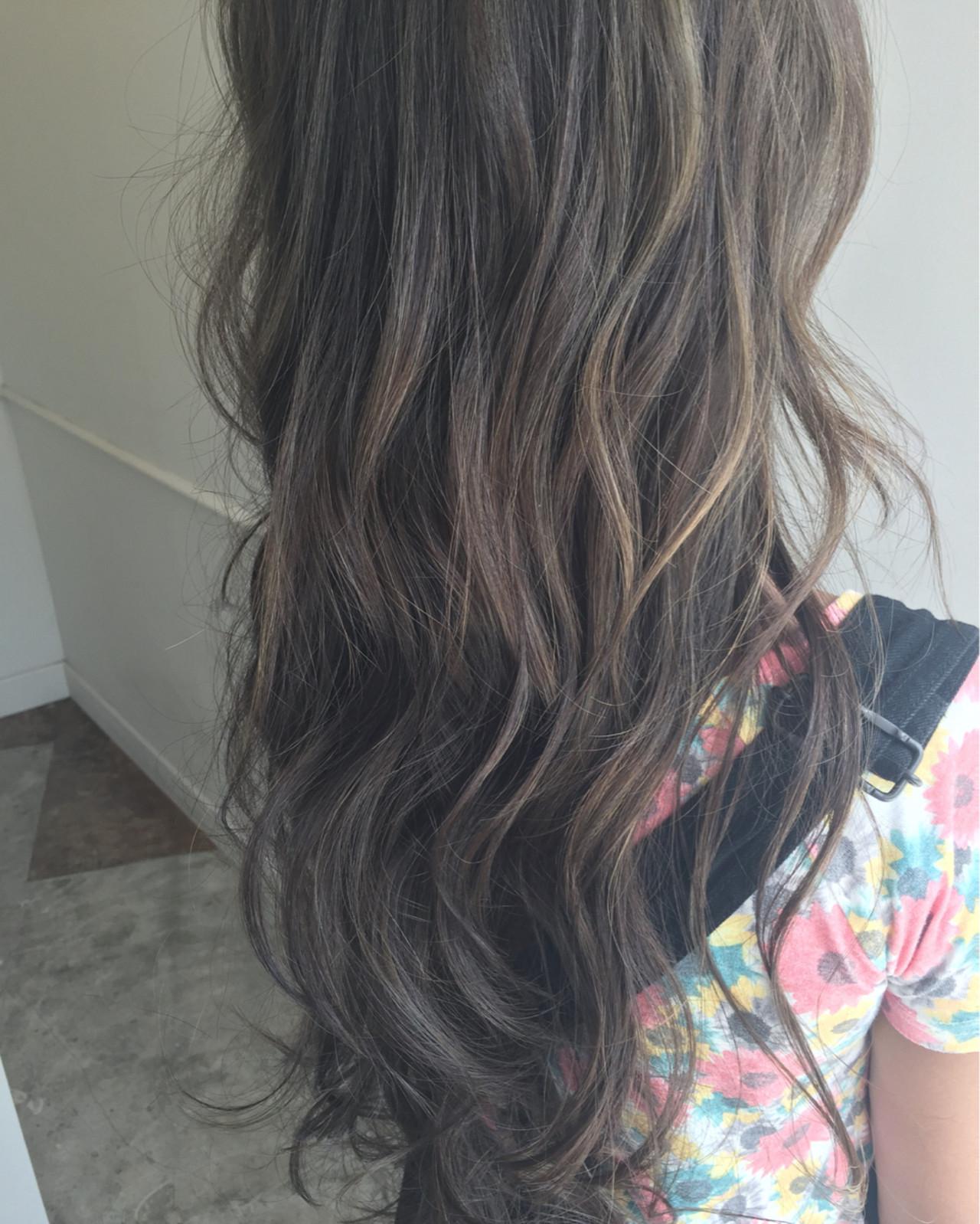 外国人風 アッシュ グラデーションカラー ハイライト ヘアスタイルや髪型の写真・画像 | 佐々田 広大 / Chord【コード】