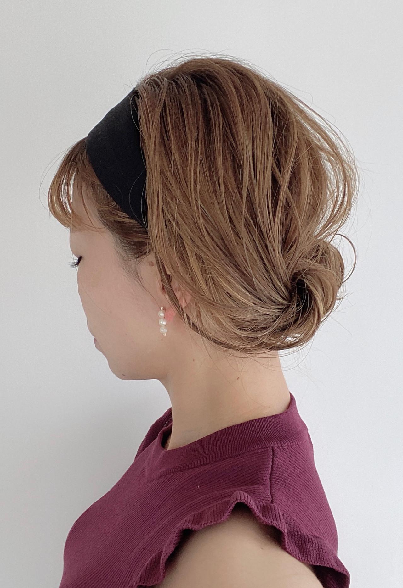 アップ セルフヘアアレンジ 簡単ヘアアレンジ ミディアム ヘアスタイルや髪型の写真・画像