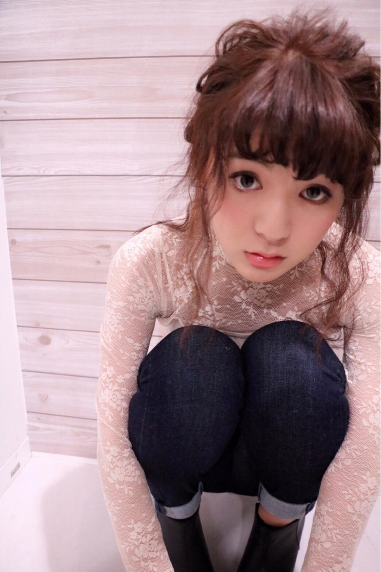 暗髪 セミロング 小顔 ヘアアレンジヘアスタイルや髪型の写真・画像