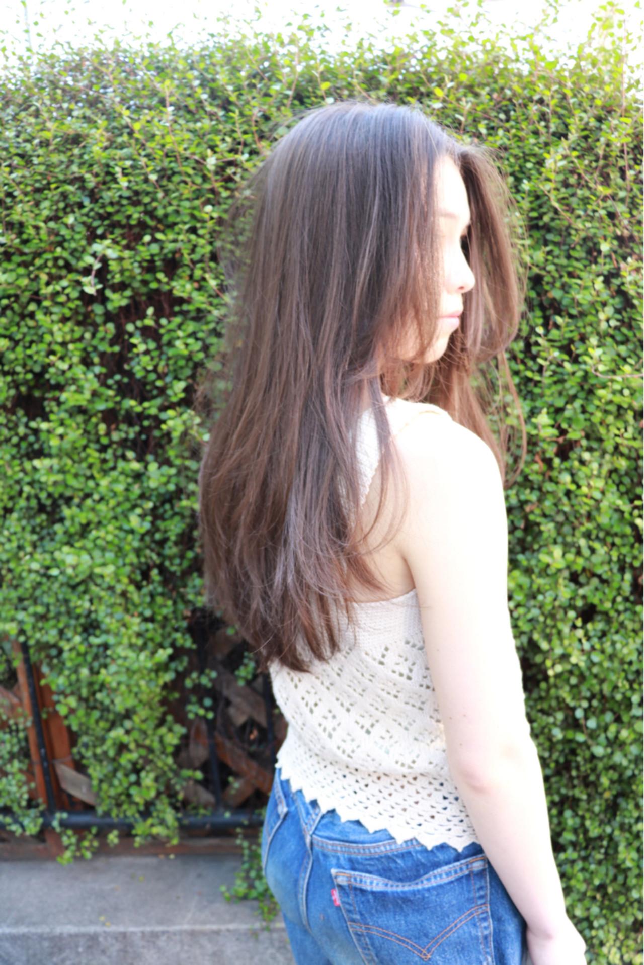 春 ロング レイヤーカット ガーリー ヘアスタイルや髪型の写真・画像 | 一色 さおり / LOAVE AOYAMA(ローブ アオヤマ)