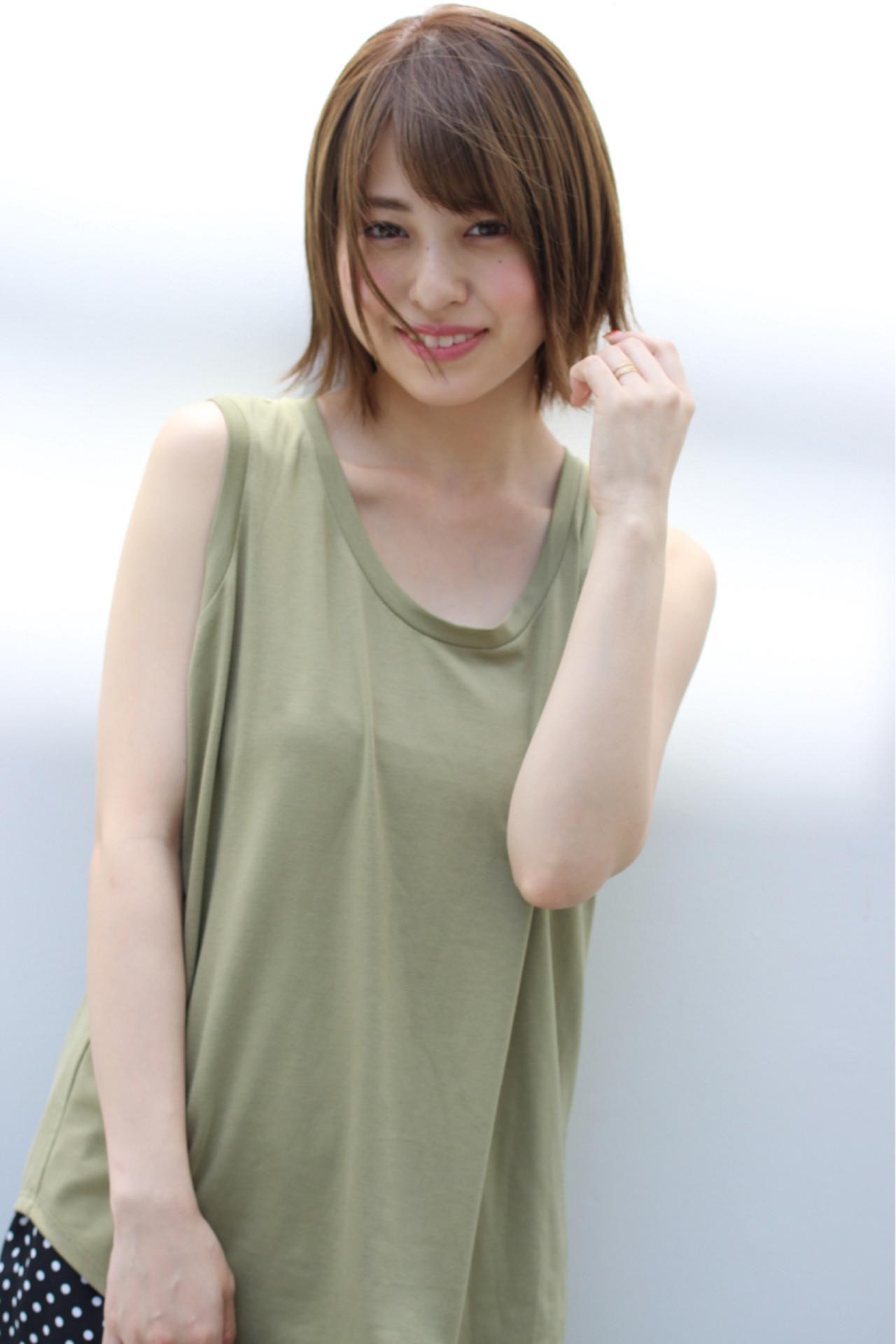 切りっぱなし 小顔 外ハネ ショート ヘアスタイルや髪型の写真・画像 | 富永大樹【小顔ショート】【小顔ミディアム】 / Unami