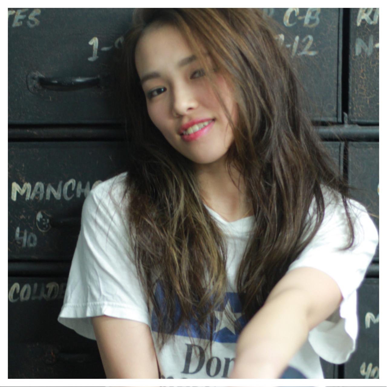 抜け感 前髪あり 大人かわいい こなれ感 ヘアスタイルや髪型の写真・画像   宮崎雅美 / APPiiS