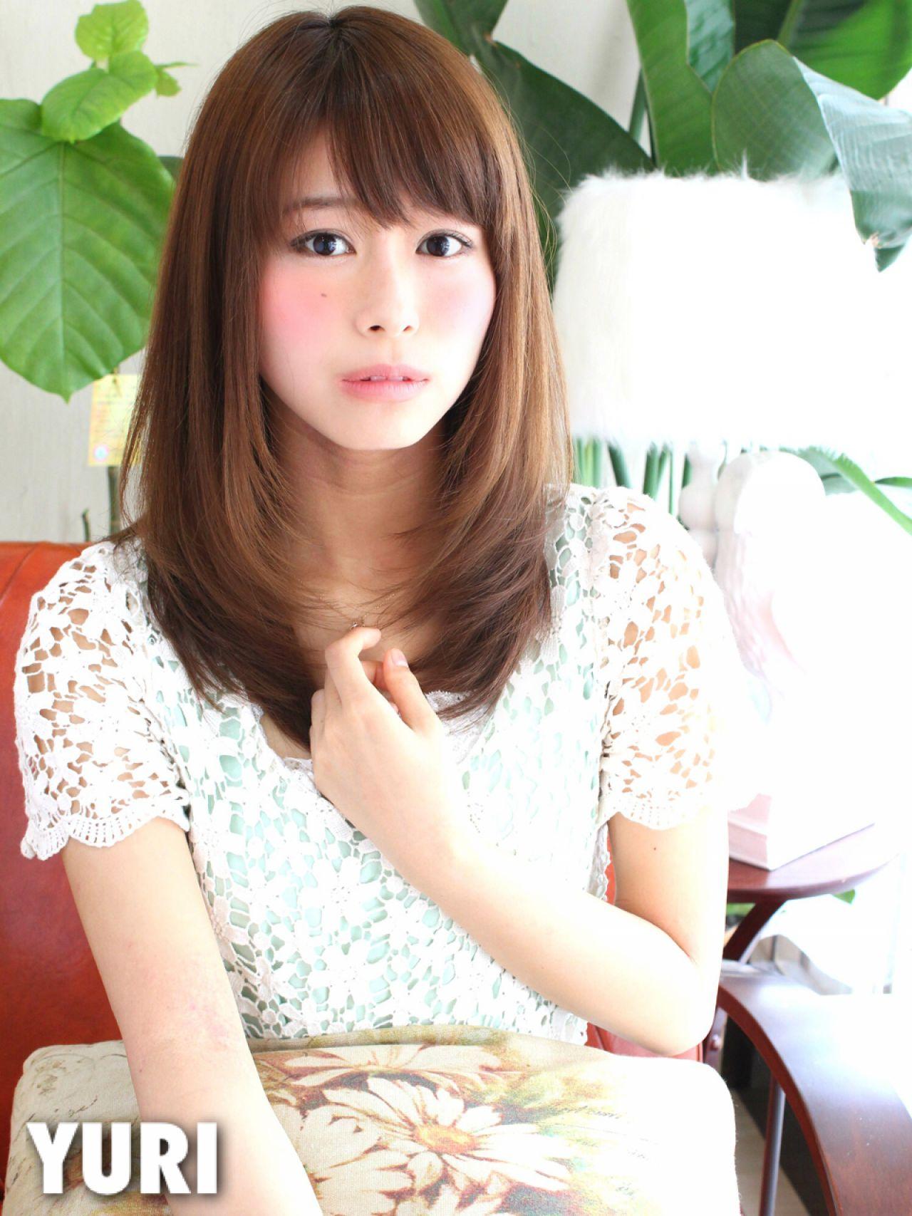 ストレート モテ髪 フェミニン ナチュラル ヘアスタイルや髪型の写真・画像 | Yuri /
