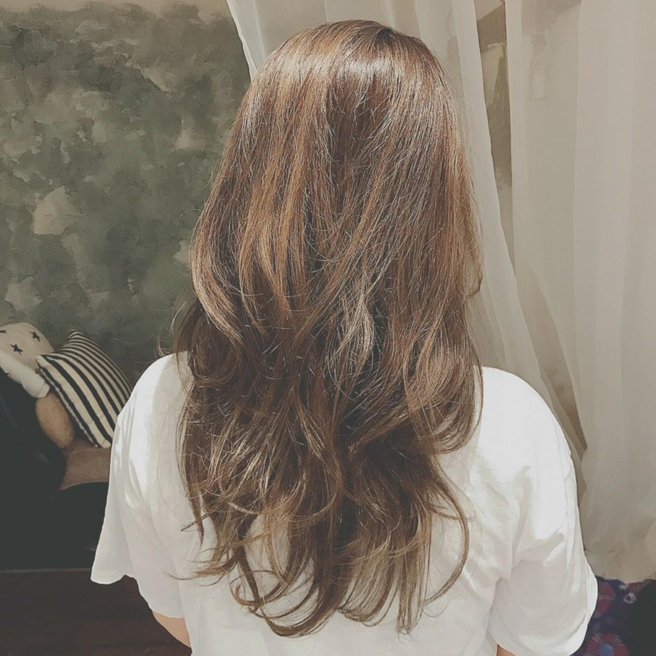 大人かわいい ゆるふわ パーティ ロング ヘアスタイルや髪型の写真・画像   浦川由起江 / nanon