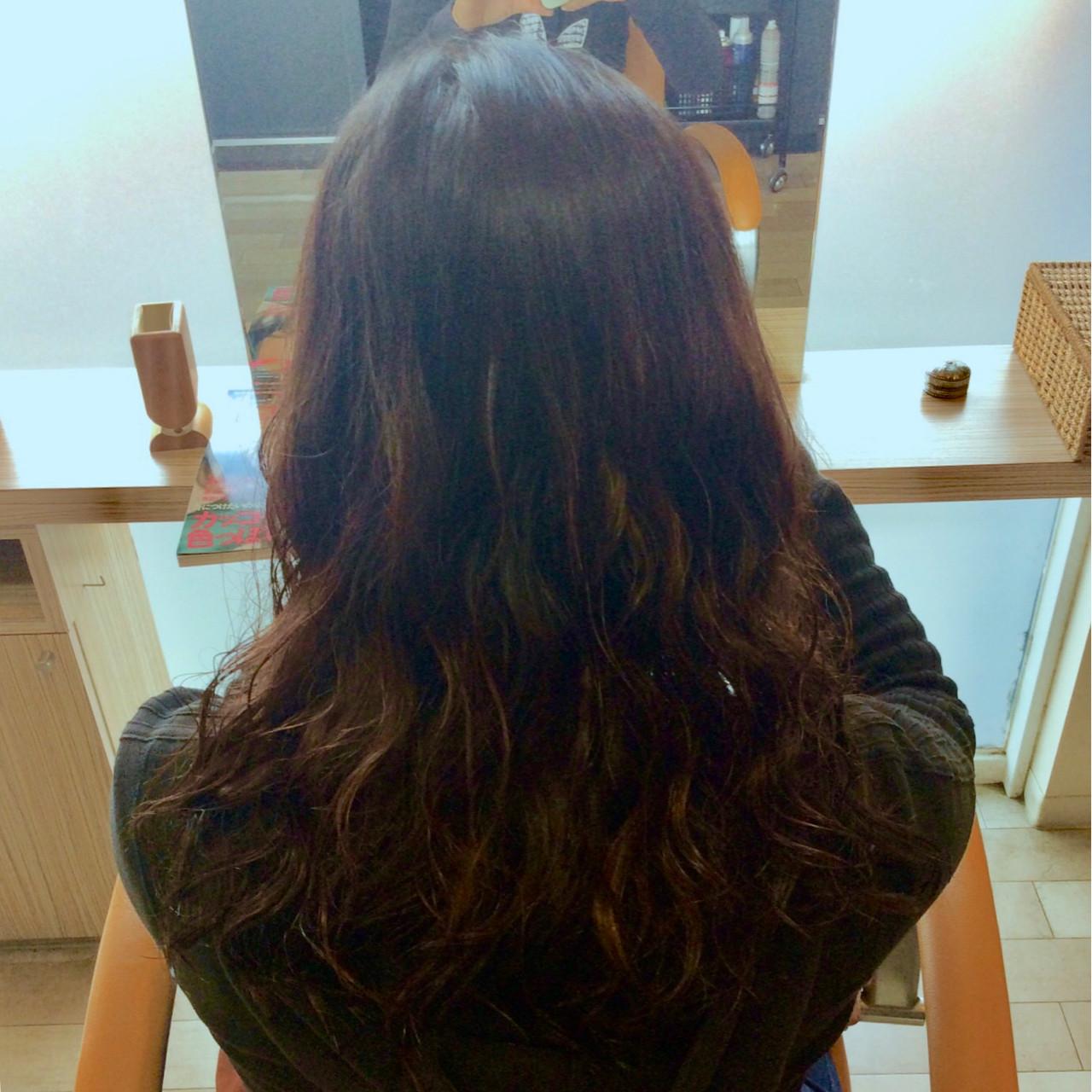 パーマ セミロング ナチュラル イルミナカラー ヘアスタイルや髪型の写真・画像 | 石井 美那 / BERAg hair