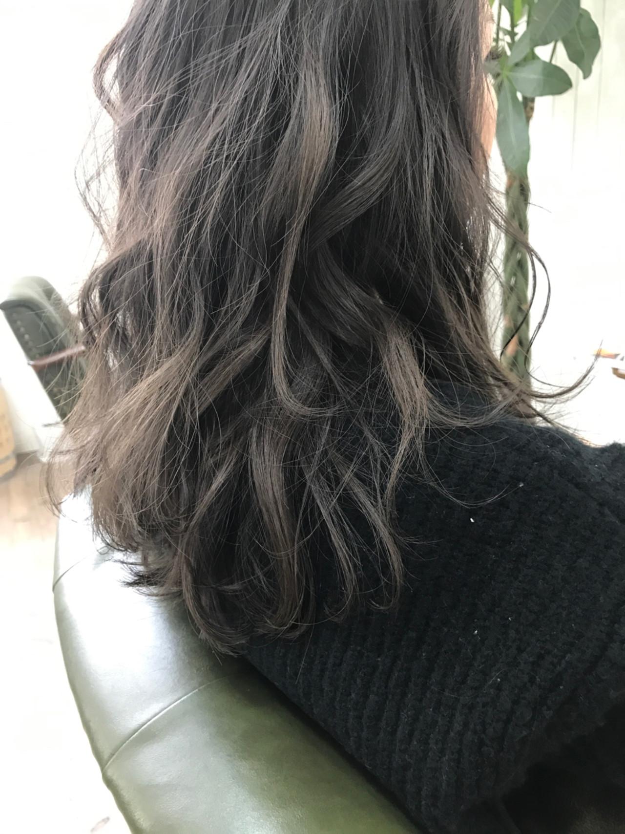 外国人風 ナチュラル 大人かわいい ゆるふわ ヘアスタイルや髪型の写真・画像 | ISHIKAWA TORU / Hair Salon GREENROOM