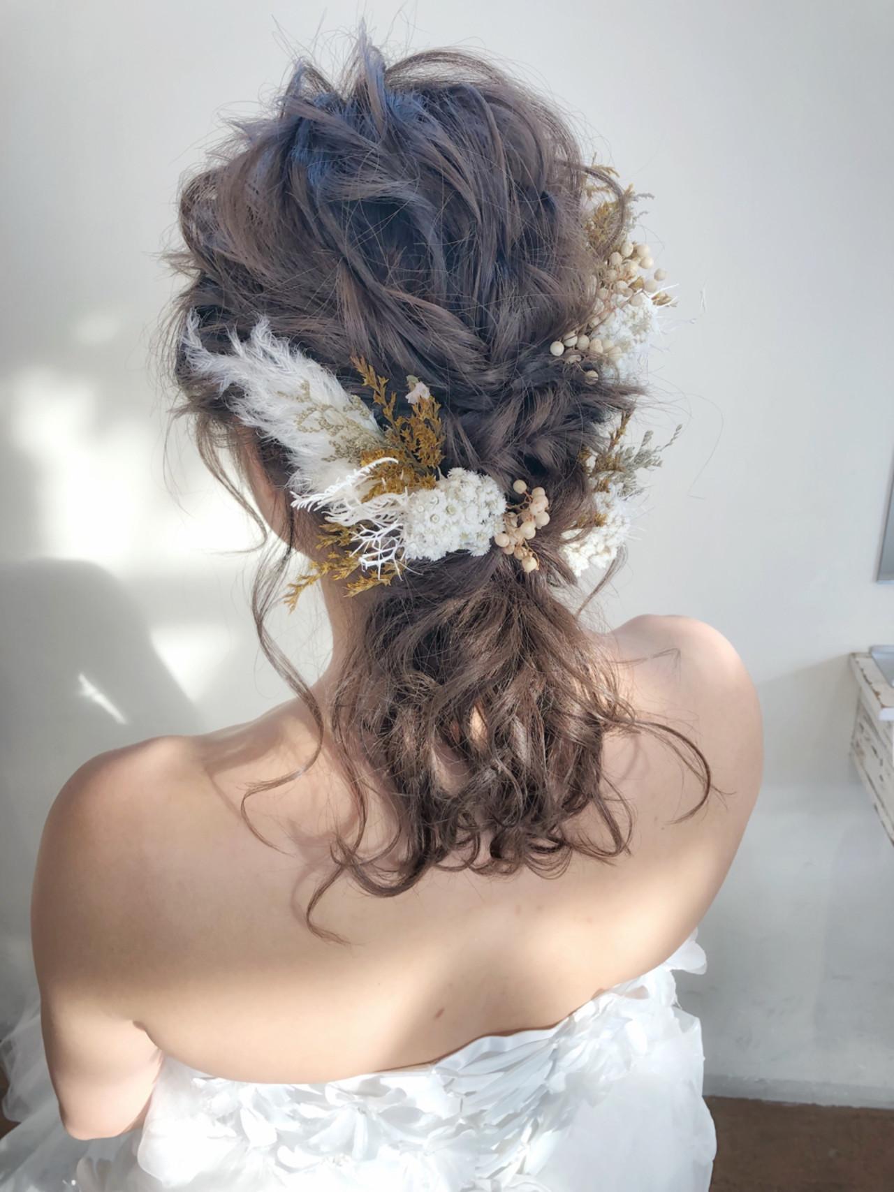 ナチュラル 花嫁 ブライダル 結婚式ヘアスタイルや髪型の写真・画像