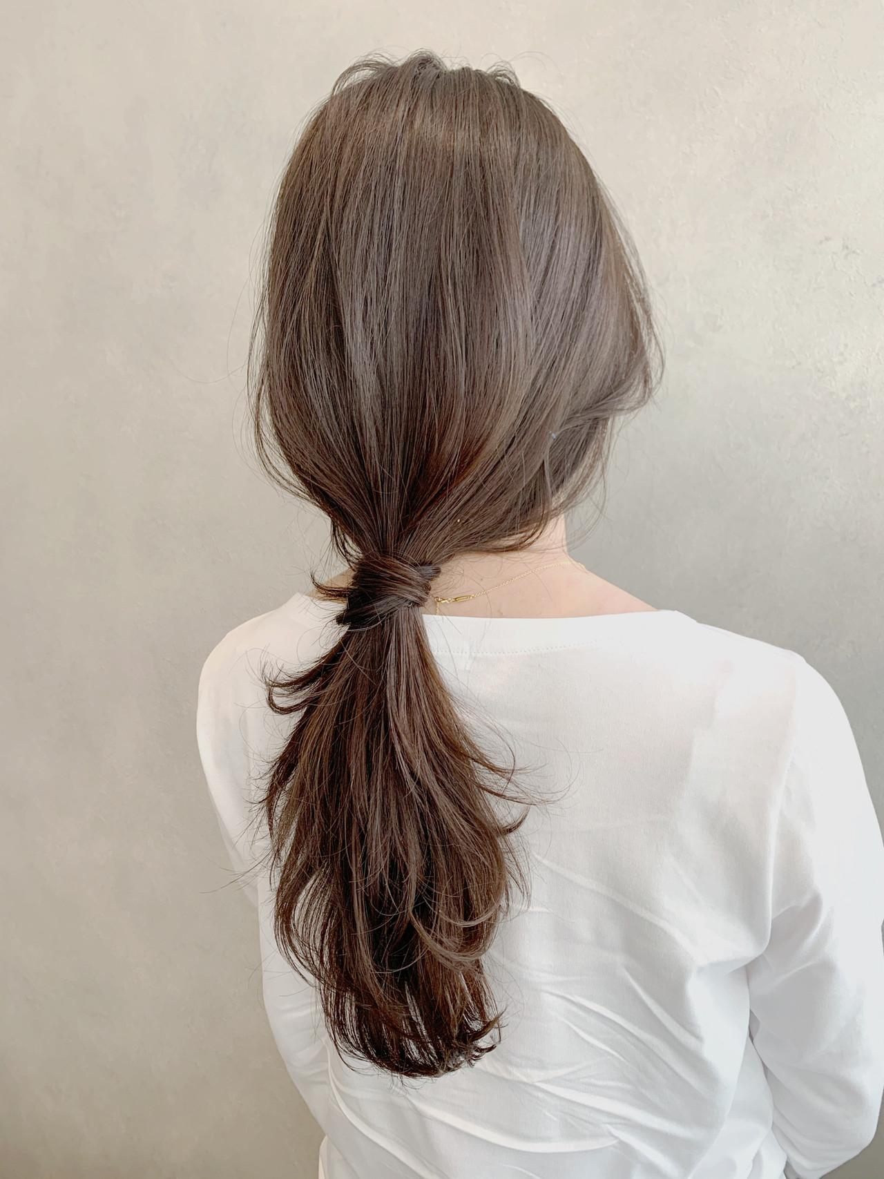 グレージュ ロング ヘアアレンジ ナチュラルヘアスタイルや髪型の写真・画像