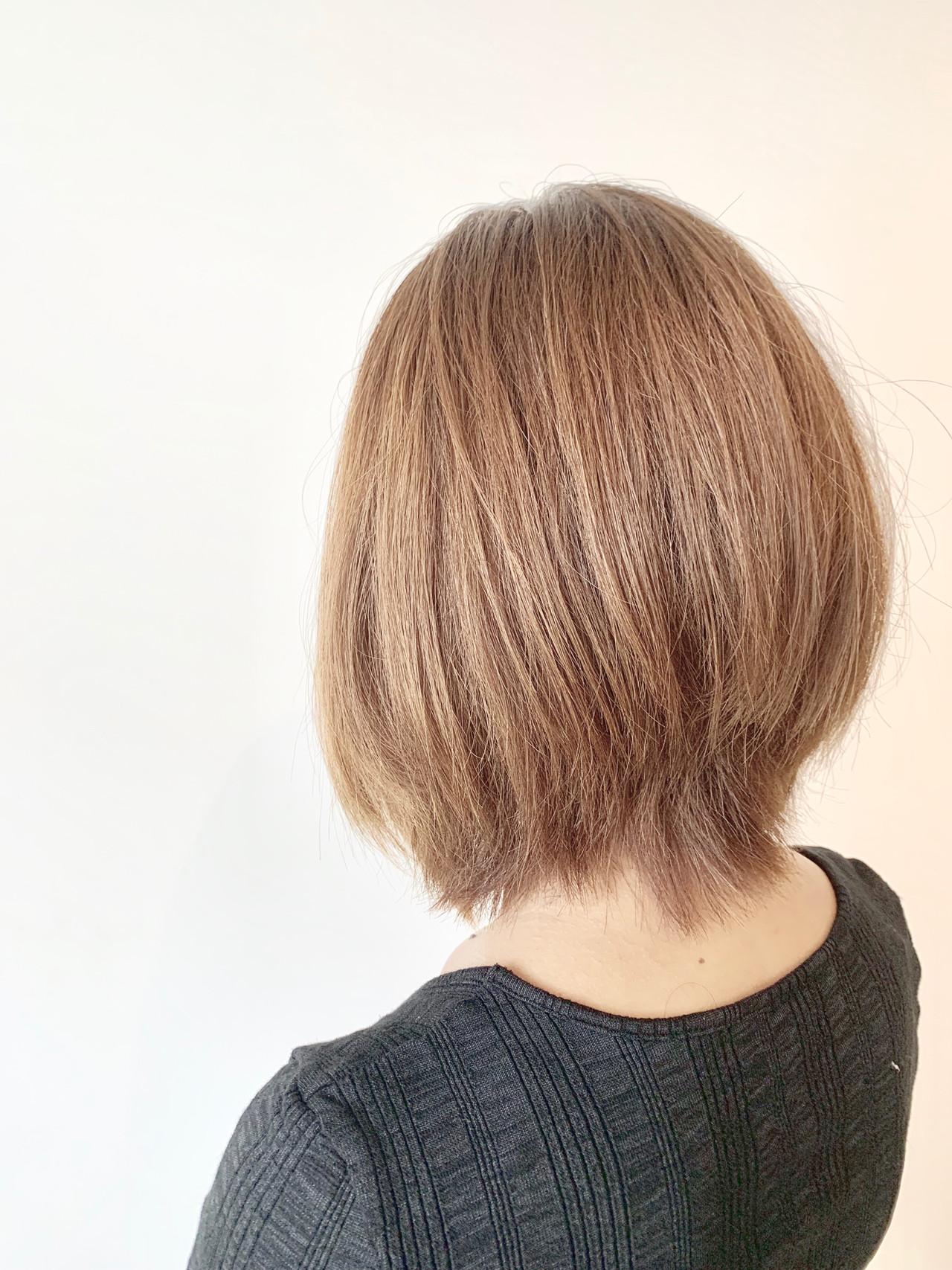 ボブ ショートボブ 簡単スタイリング 大人可愛い ヘアスタイルや髪型の写真・画像   村上 駿 / FRAMES hair design