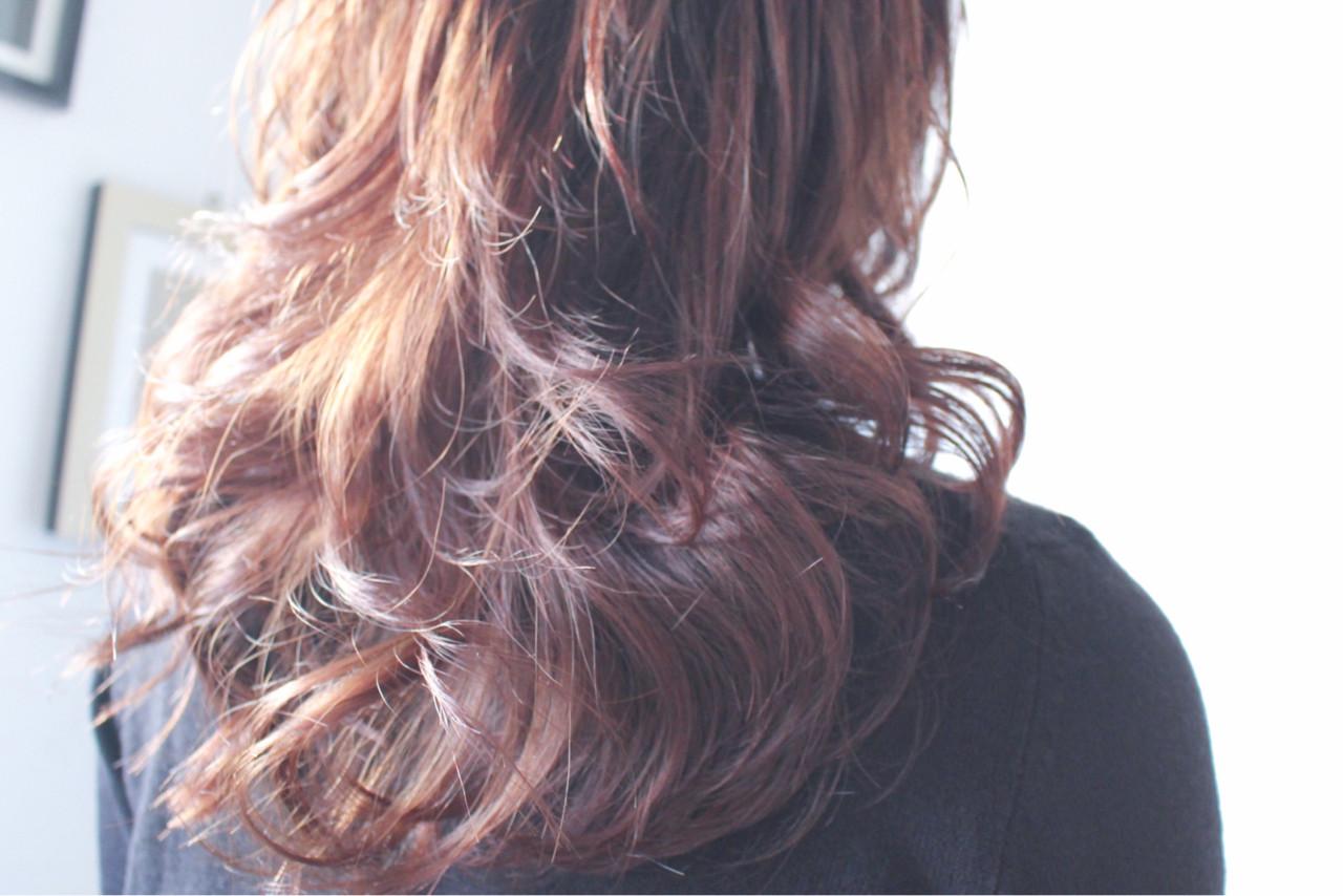 簡単 セミロング 外国人風 ナチュラルヘアスタイルや髪型の写真・画像