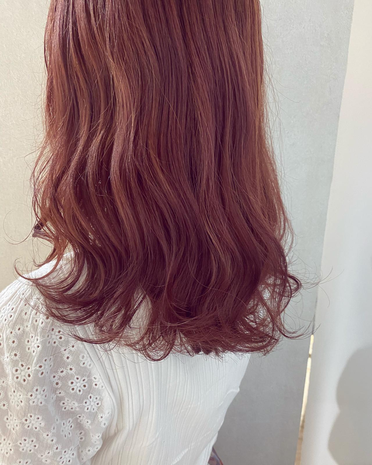 ラベンダーカラー ピンクブラウン ラベンダー ナチュラルヘアスタイルや髪型の写真・画像