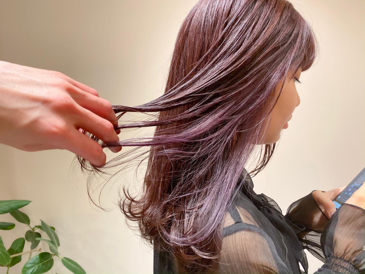 セミロング ラベンダーピンク ピンク ピンクブラウン ヘアスタイルや髪型の写真・画像 | 村西 郁人 / rue