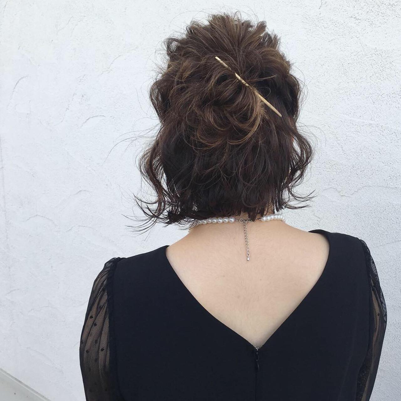 デート ボブ 簡単ヘアアレンジ 結婚式ヘアスタイルや髪型の写真・画像