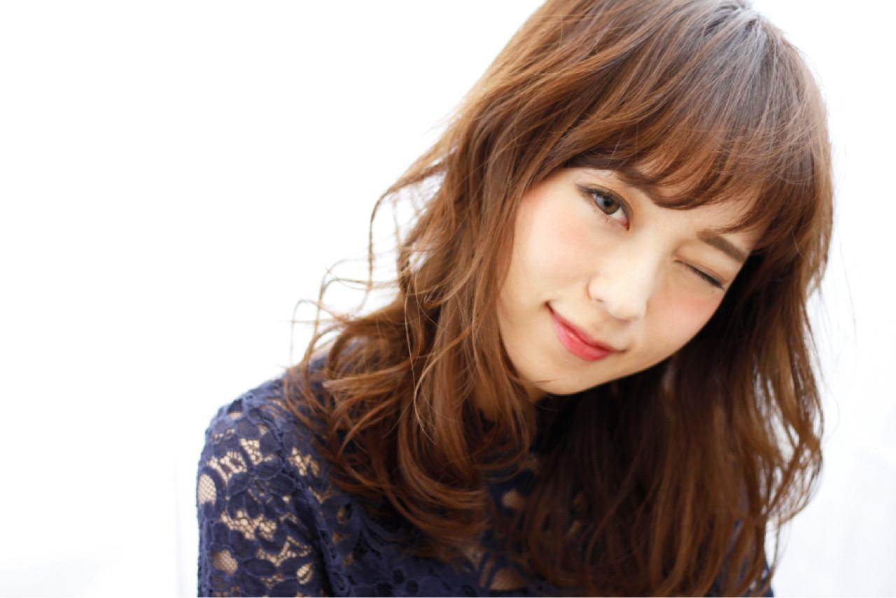 大人かわいい ナチュラル ミディアム フェミニン ヘアスタイルや髪型の写真・画像   東野弘明 / RelyBonds