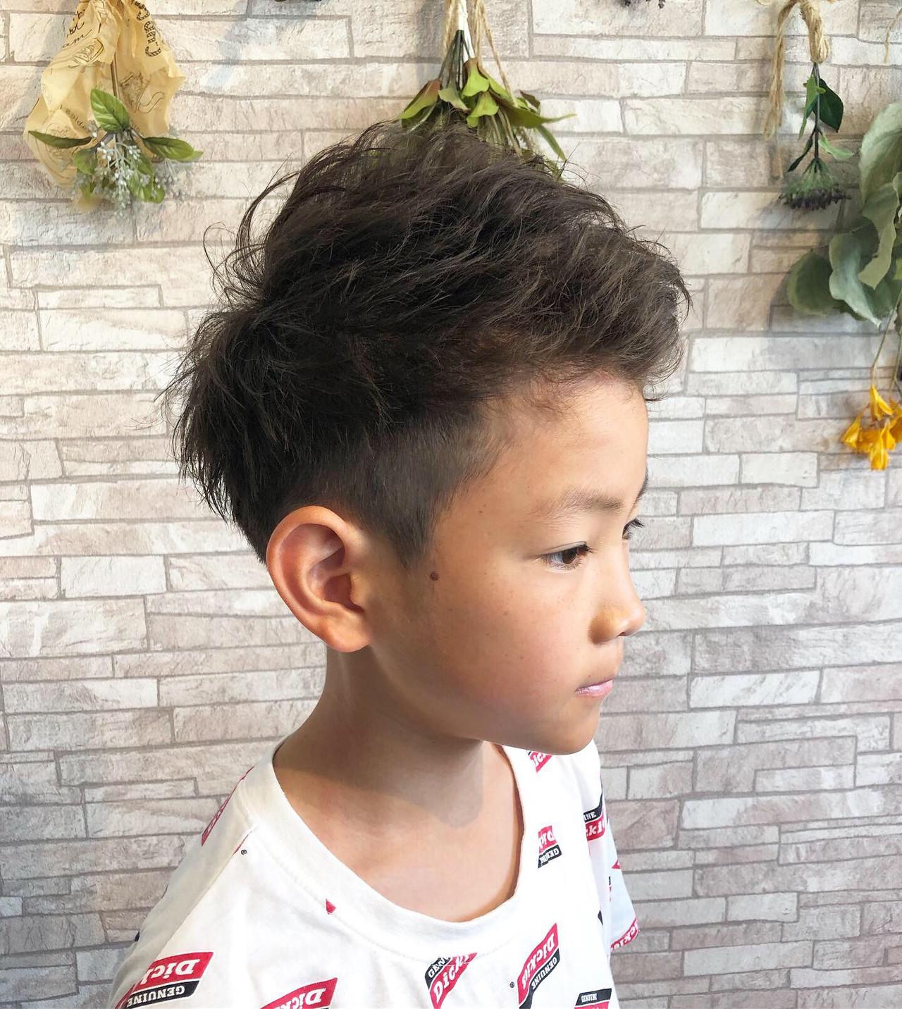 メンズカット アップバング キッズカット ナチュラル ヘアスタイルや髪型の写真・画像   Rina / HairxCafe KUMA