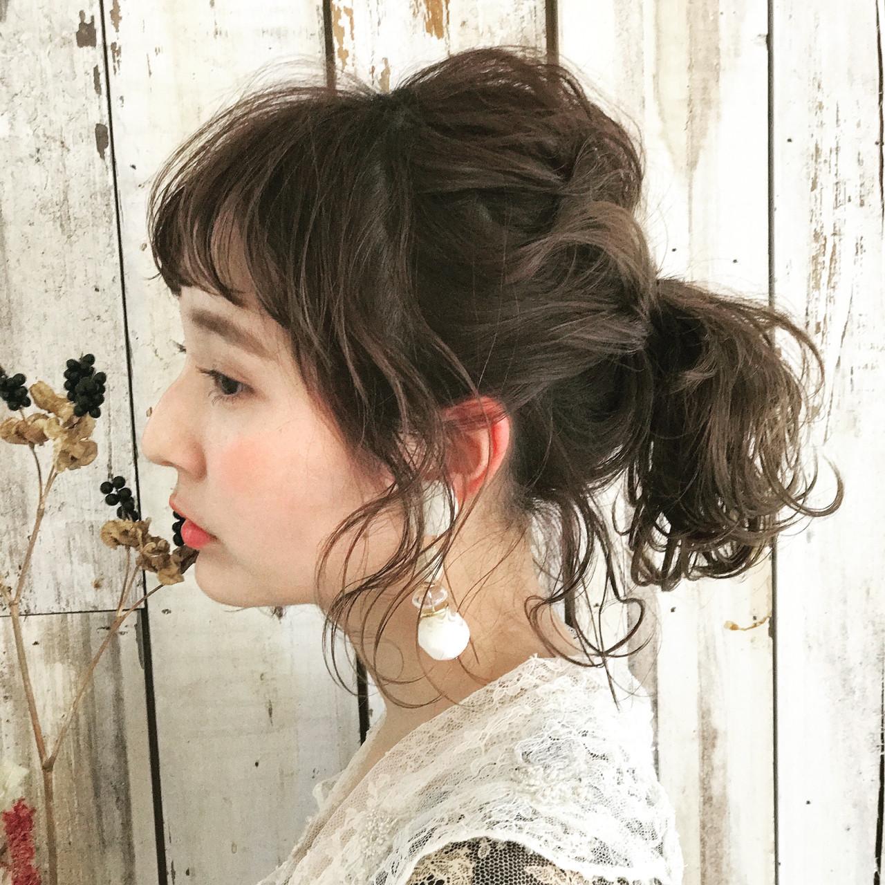 セミロング デート ヘアアレンジ スウィートヘアスタイルや髪型の写真・画像