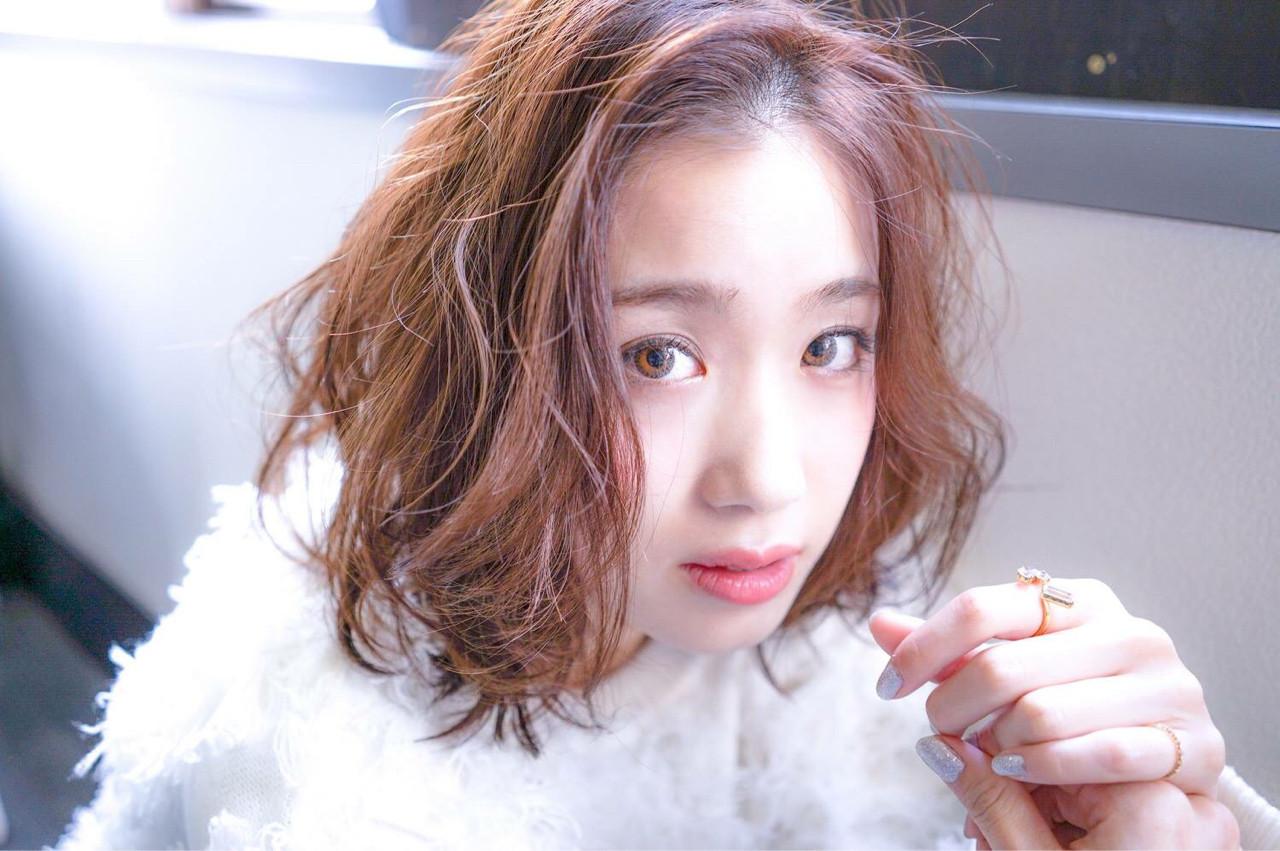 ナチュラル フェミニン 冬 ベリーピンク ヘアスタイルや髪型の写真・画像 | 田渕 英和/vicushair / vicushair