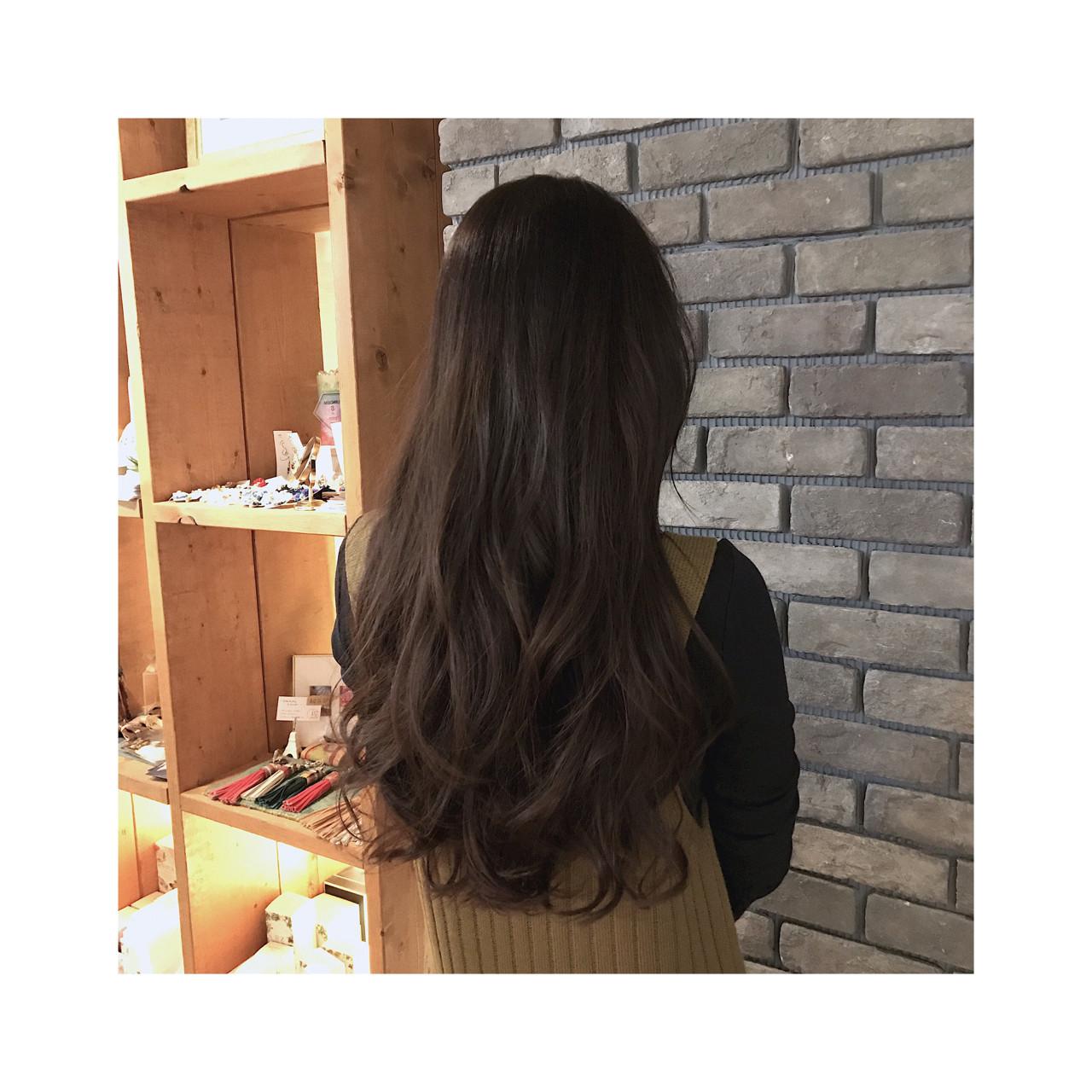 フェミニン 外国人風 グラデーションカラー ロング ヘアスタイルや髪型の写真・画像 | 谷川 健太 / ROVERSI