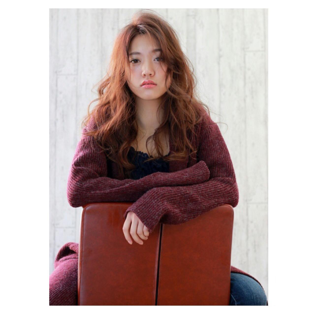 かっこいい ナチュラル 大人女子 ふわふわ ヘアスタイルや髪型の写真・画像 | 深澤知子 /