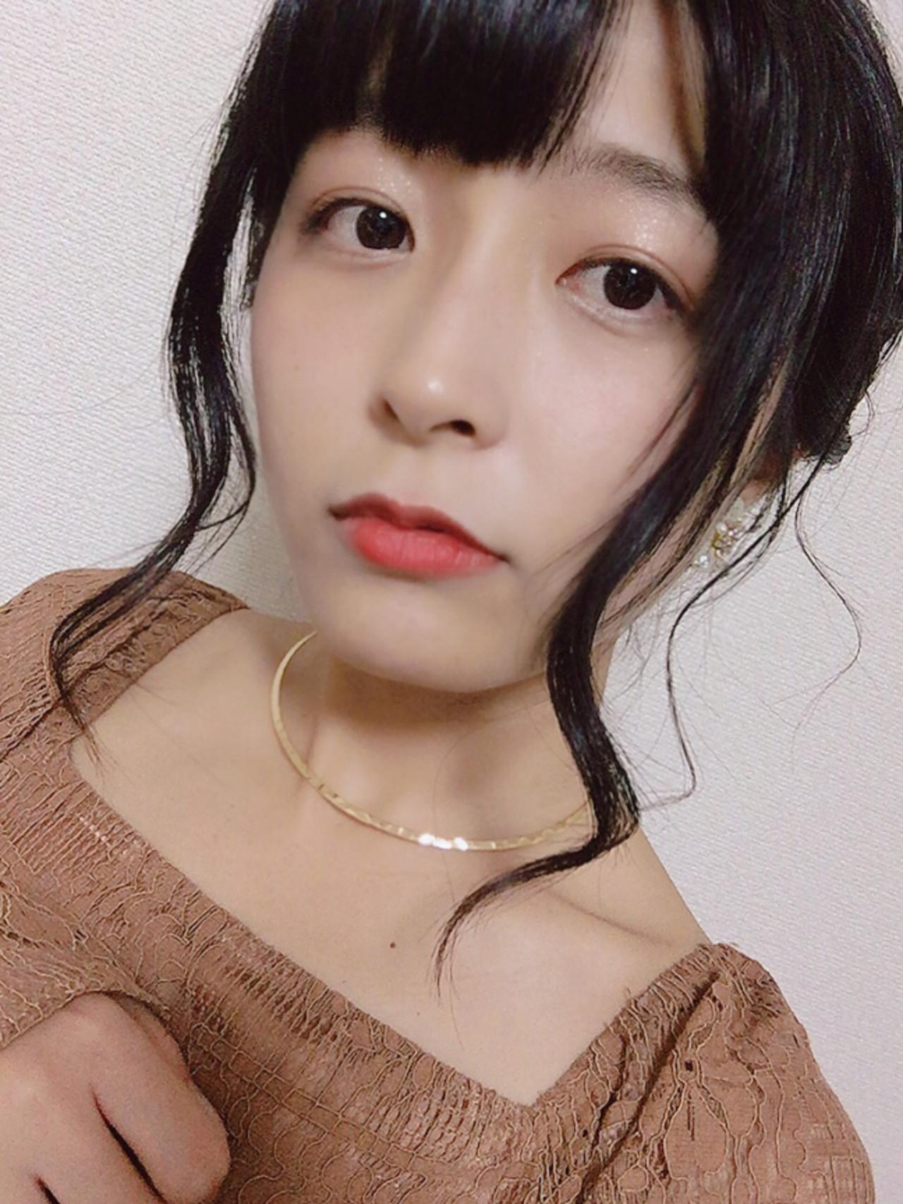 ミディアム パーティ フェミニン ヘアアレンジ ヘアスタイルや髪型の写真・画像   KYOKO /