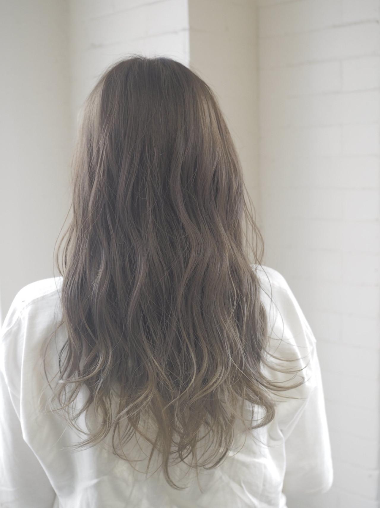 ロング おフェロ リラックス 透明感 ヘアスタイルや髪型の写真・画像   西村涼 / airsalon