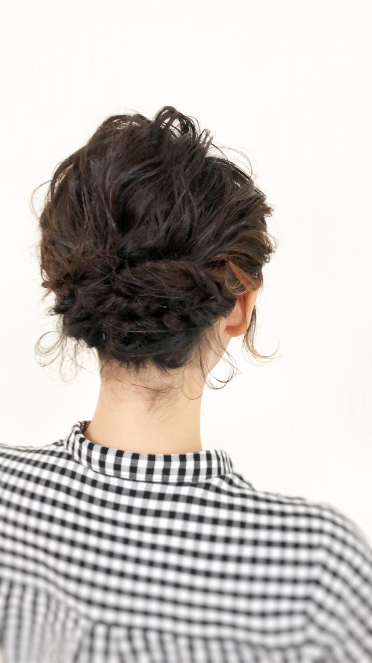 フェミニン ヘアアレンジ ボブ 結婚式 ヘアスタイルや髪型の写真・画像   天野工太 / エストモード
