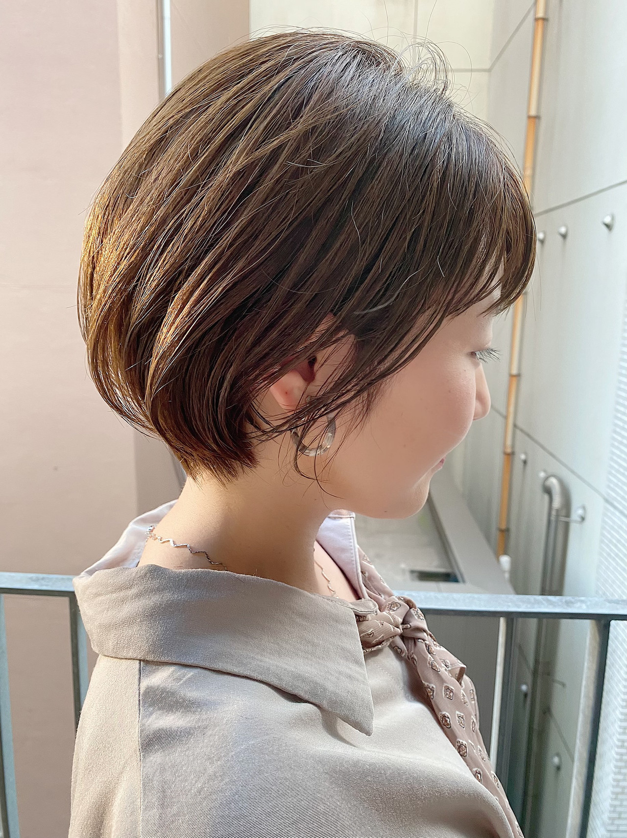 オフィス ショートヘア ショート ショートボブヘアスタイルや髪型の写真・画像