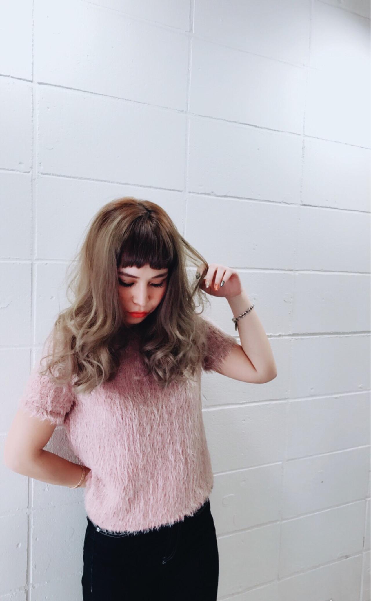 セミロング ガーリー 前髪あり 大人女子 ヘアスタイルや髪型の写真・画像 | minori..miyauchi /