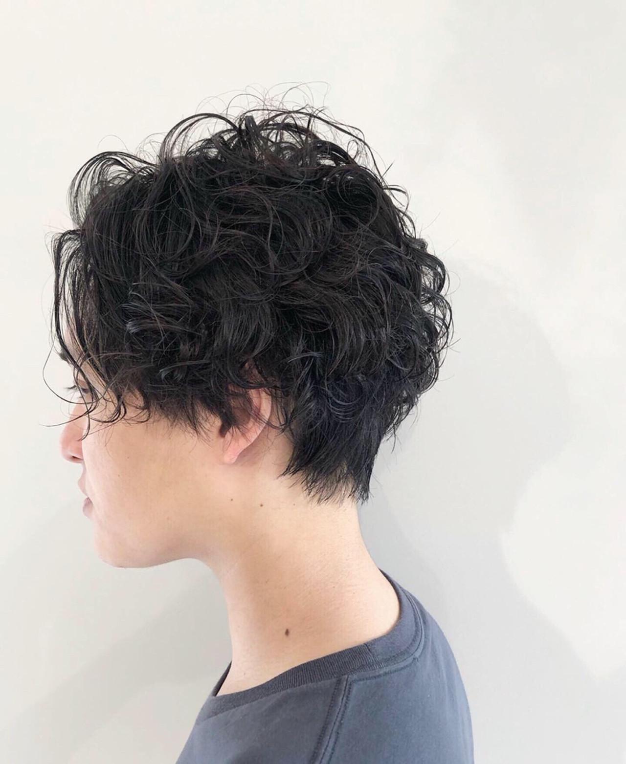 スパイラルパーマ ストリート メンズパーマ ショートヘアスタイルや髪型の写真・画像
