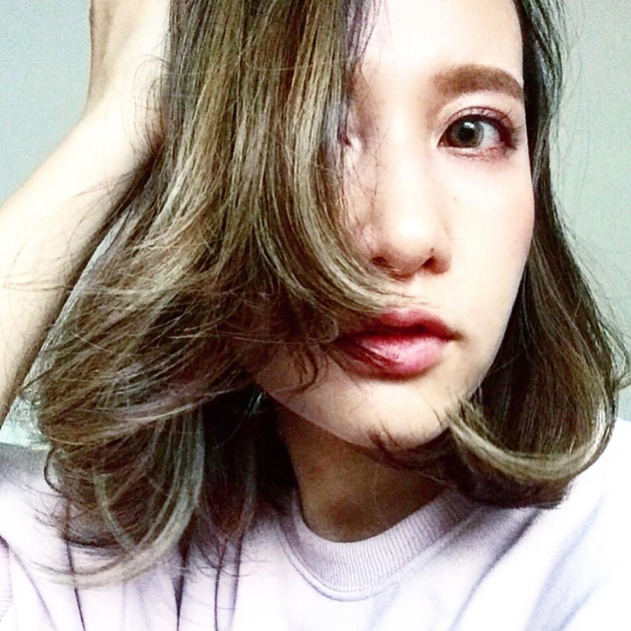 ダブルカラー アッシュグレージュ 外国人風カラー ボブ ヘアスタイルや髪型の写真・画像 | marina /