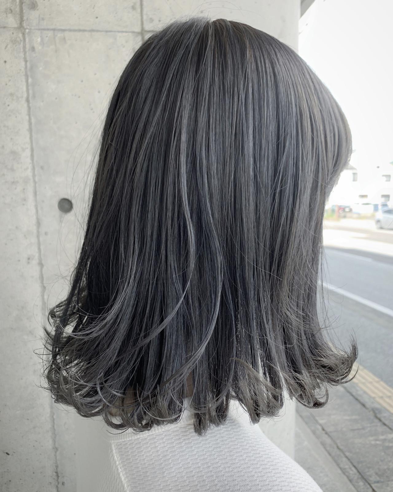 ミディアム グレーアッシュ グラデーションカラー グレー ヘアスタイルや髪型の写真・画像 | ユアサケンイチ(湯浅 賢一) / Ferreira (フェレイラ)