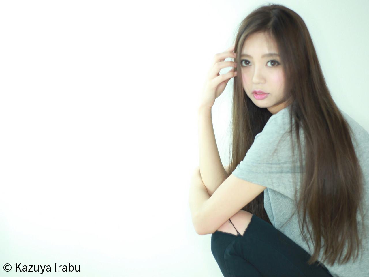 ストレート 大人かわいい ルーズ ナチュラル ヘアスタイルや髪型の写真・画像   Kazuya Irabu / アービング