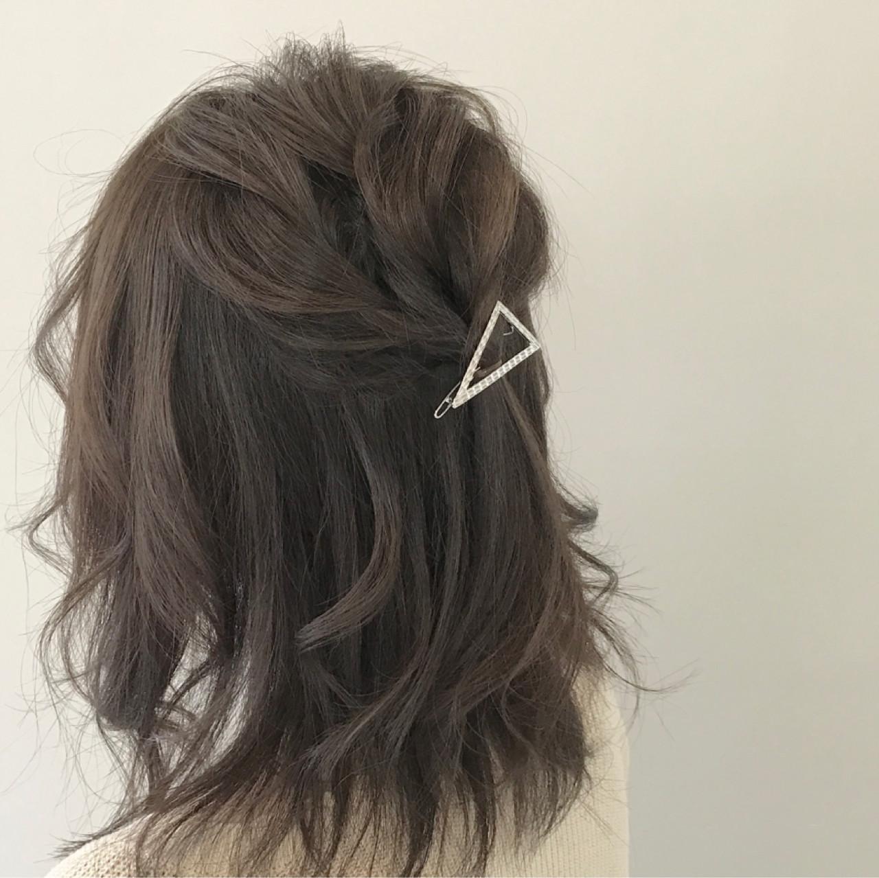 ヘアアレンジ 大人女子 色気 簡単ヘアアレンジ ヘアスタイルや髪型の写真・画像   新谷 朋宏 / sorte